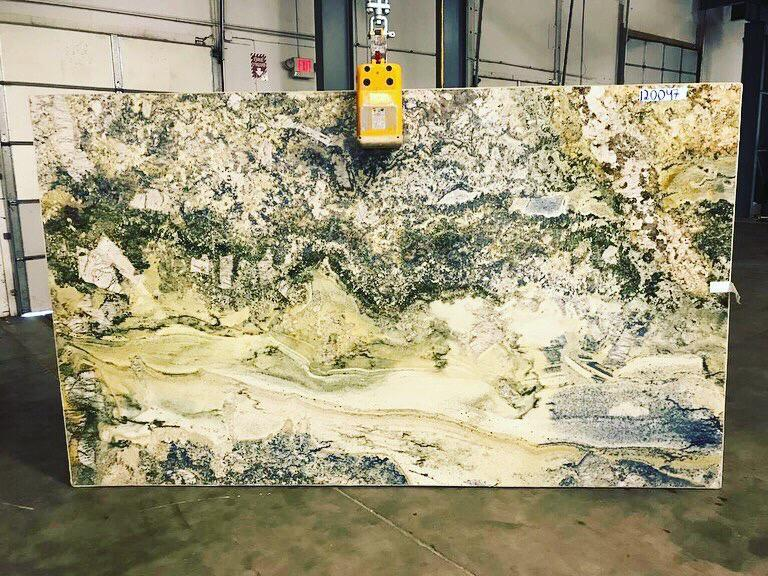 Bacurau Granite Slab 30Mm